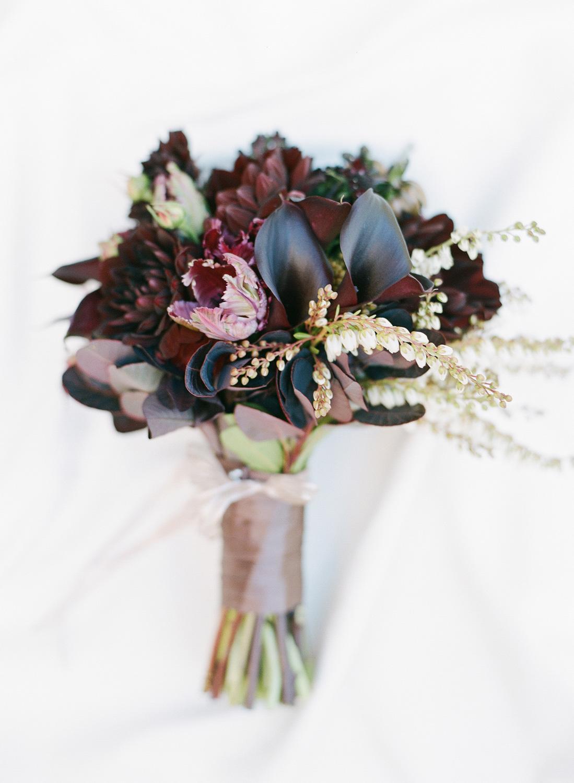 sylviegil-0015-sg-burgundy-calistoga-chocolate-fall-fcolors-gil-huppah-napa-outdoors-porsche-ranch-red-sylvie-wedding