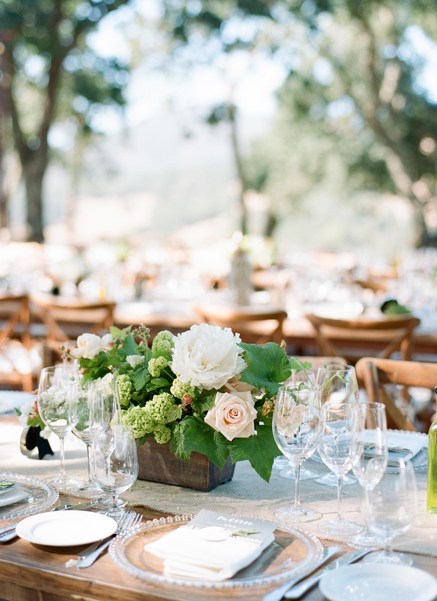 SylvieGil-0156-napa-wedding-winery-outdoor-reception-Kunde